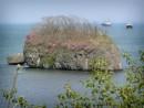О. Большой Камень в бухте Славянка
