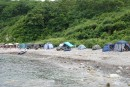 Палатки в бухте Теляковского. Хасанский район.