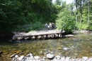 По дороге на Алексеевский водопад. Мост смыло. Партизанский хребет, северный склон горы Лысая. 800 метров над уровнем моря.