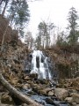 Водопады Горбатый и Тигровый поздней осенью.