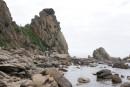 Человек в тюрбане. Камни и лагуны бухты Триозерье. Поселок Врангель. Лазовский район.