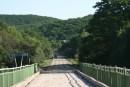 Мост через реку Тигровая (Сица). Как и все мосты на грунтовках - с деревянным покрытием. Район села Бровничи. Партизанский район.