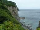 Скалы просто неприступны, вода манит и тянет, а зелень все это чудо обрамляет.