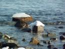 Бухточки правее Шаморы. Лед и камень