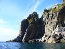Еще одна скала на берегу
