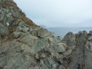 Скалы и далекое небо