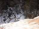 15.Вид слива водопада сверху.