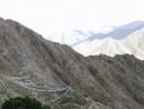 флажки отмечают пещеру, где жил оракул, который ушел из Тибета вместе с Далай-ламой.