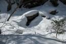 Голова гоблина под снегом