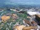 Волны на камнях