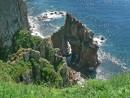 В скалах острова Шкота.