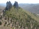 "27.Вид на скалу ""Замок"" с видовой площадки на ""Лежащем Драконе""."