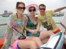 Тайский Новый год - традиция, тайцы всех мажут тальком и обливают водой, мы попались)