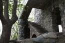 Построенный из природного камня, вручную (!), в течение 15 лет, безо всякого наемного труда человеком, не имеющим ни инженерного, ни строительного образования, этот дом является памятником человеческому труду и мощнейшей потребности созидать.