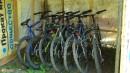 16.Велосипеды. Можно взять в прокате велосипед и отправиться путешествовать по окрестностям.
