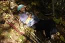 03.Отдых на тропе. По склону вылезли на хребтик на высоте 1000 м.