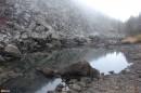 09.Второе озеро. Недалеко от большого озера, под скальным массивом расположено второе небольшое озерцо.